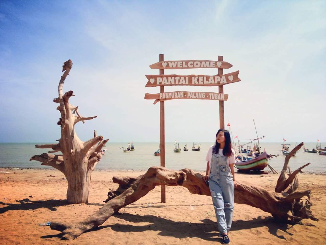 Local Guides Connect Local Guide Wisata Pantai Kelapa Panyuran Tuban Local Guides Connect