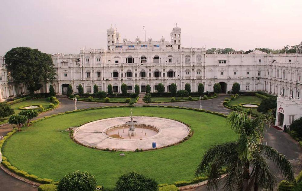jayajirao-scindia-palace-in-gwalior