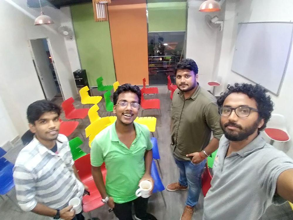 A group shot.. @mSiDDHARTHA , @adarshumangraj, @amit, @pawanpepz