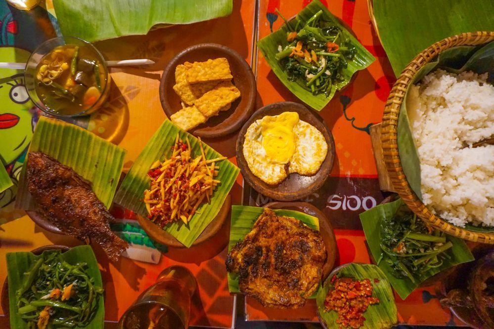 Waroeng Special Sambal by Fahmi Adimara