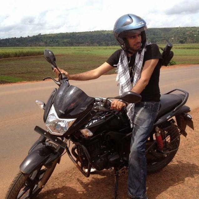 Jinja Road , Rain Forest, Uganda
