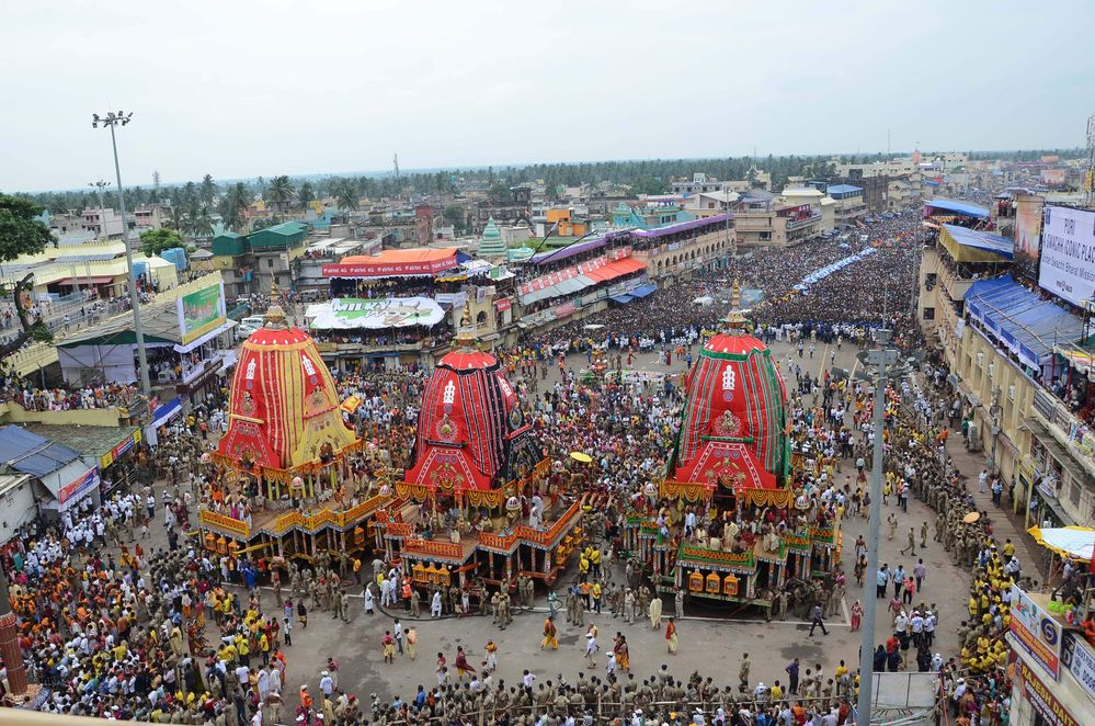 Famous Jagannath Rath Yatra taken off in flying colors