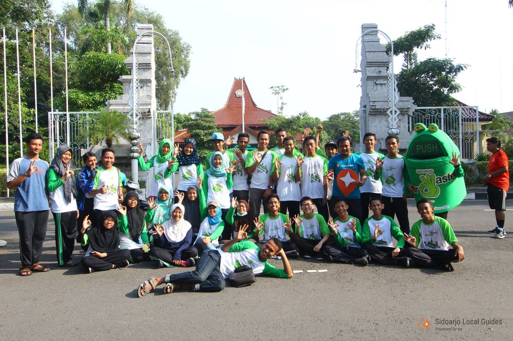 Sidoarjo Local Guides One Million Trees Movement 2017