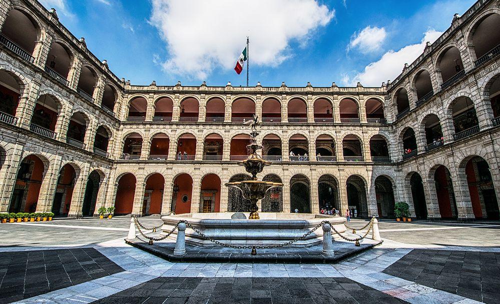 carlos-borja-Palacio-Nacional-Mexico-City2017-07-16-1200.jpg