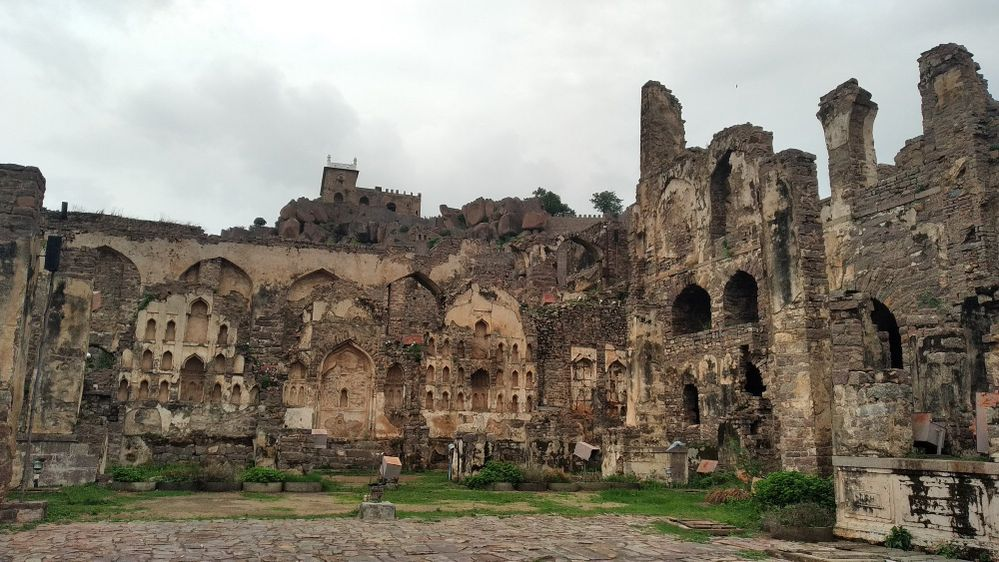 Golconda Fort 1.jpg