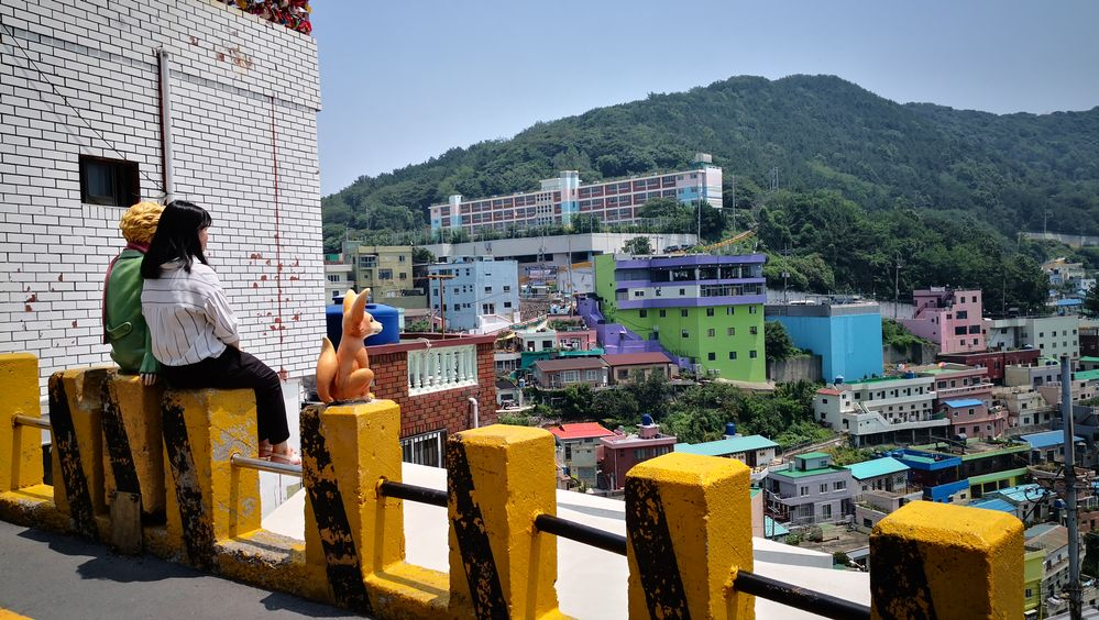 Local Guides Connect Visiting Korea S Santorini Gamcheon