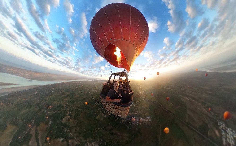 02_balloon_360_low - Edited.jpg