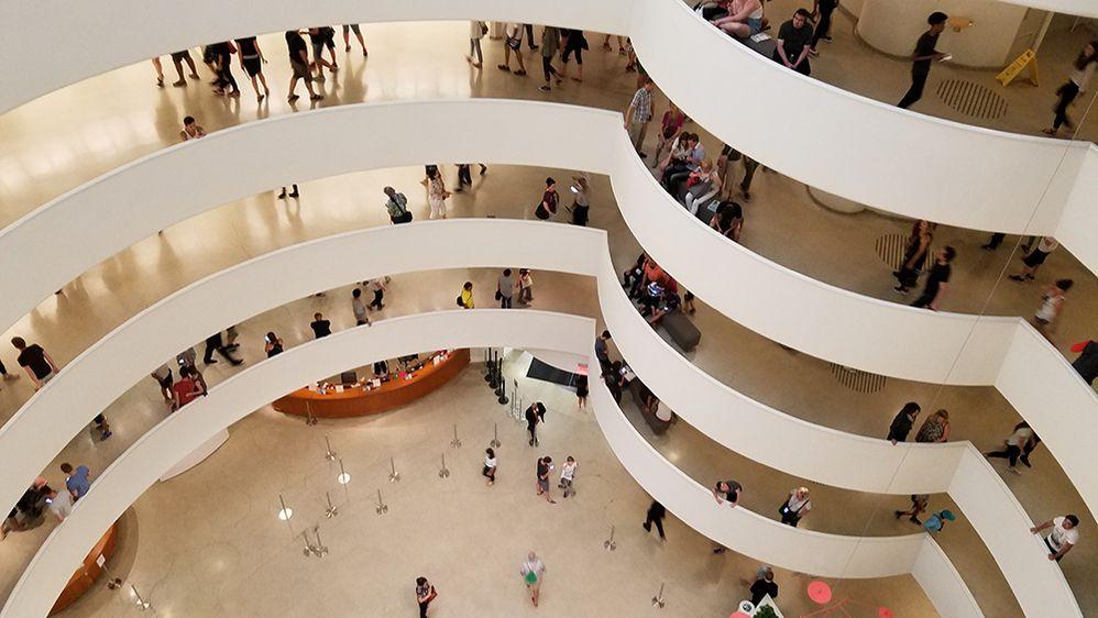 1. Solomon-R.-Guggenheim-Museum-1000.jpg