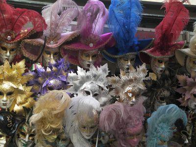 "Venetian Carnival masks ""made in china"""