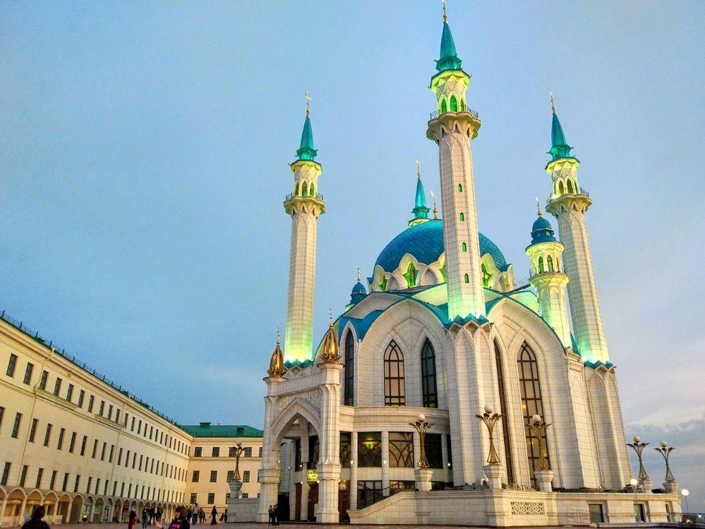 LG-Artur-Nailevich-Kul-Sharif-Mosque-1000.jpg