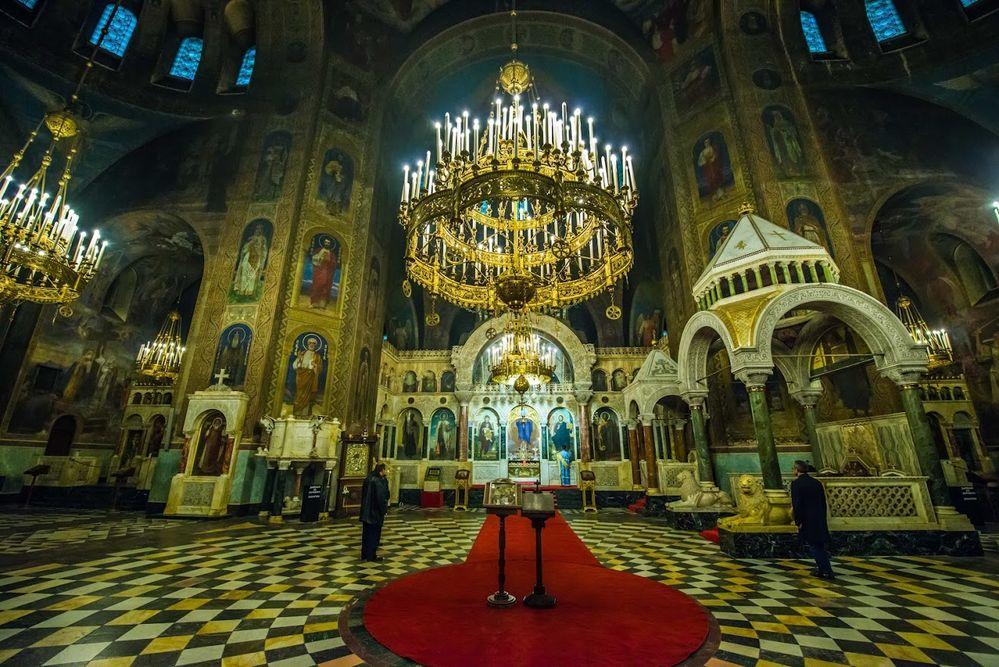 Alexander Nevsky cathedral (LG Lex van Doorn1).jpg