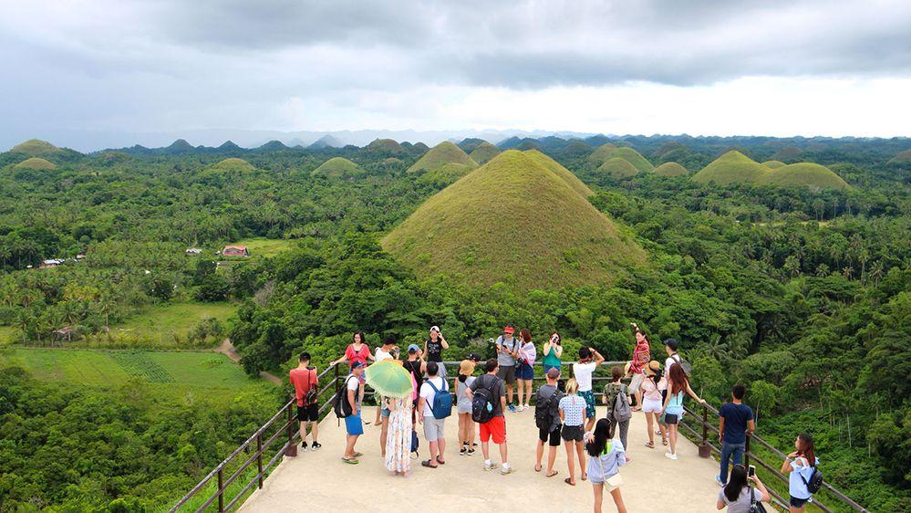 mnger-mnger_Chocolate-Hills-Complex-Philippines-1200.jpg