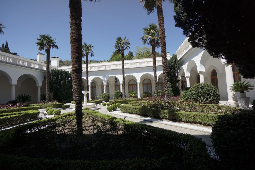 Italian Graden of Livadia Palace.JPG