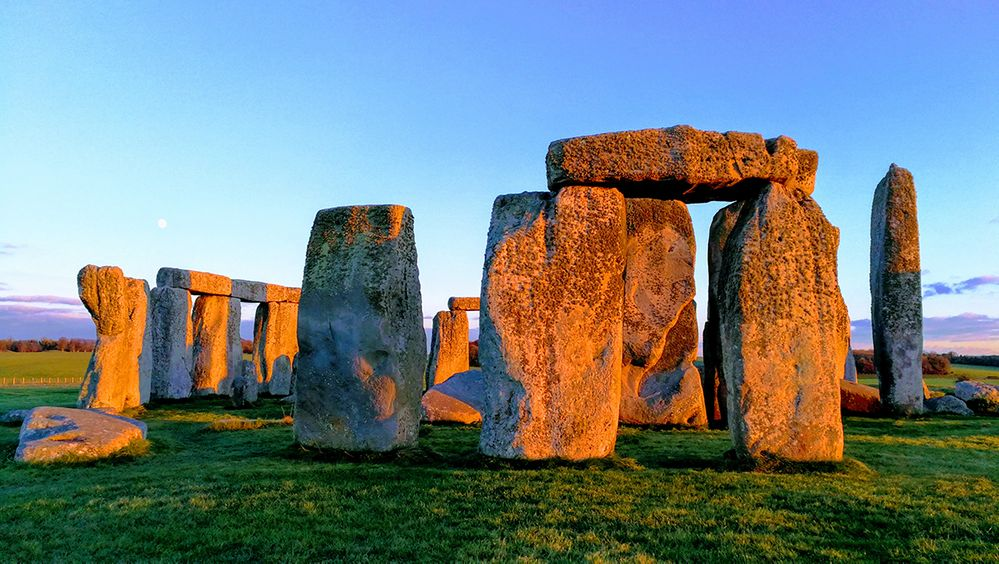 POTW-12.17.18-chiWing ko-Stonehenge-1200.jpg