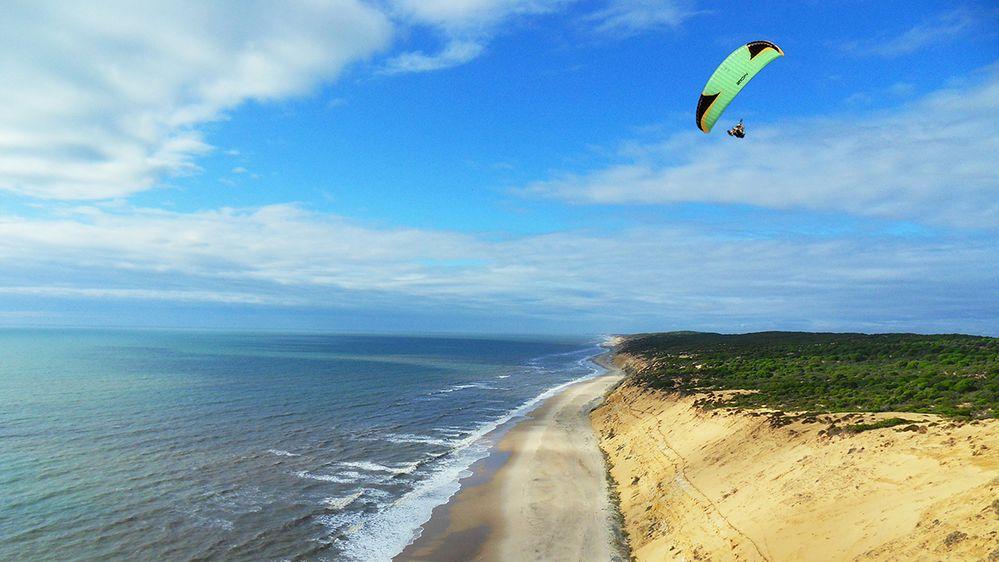 paragliding-Johannes-Jacobus-Van-Rijsbergen-Fly-Algo-Spain-1200.jpg