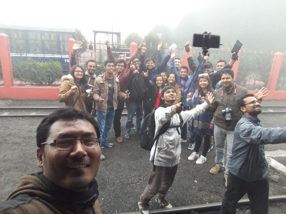 Wefie with Nepal & Bangladesh Local Guides @ Gum Station Darjeeling