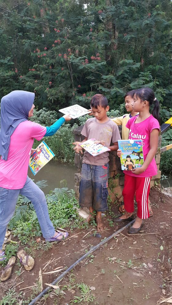 Share a story book
